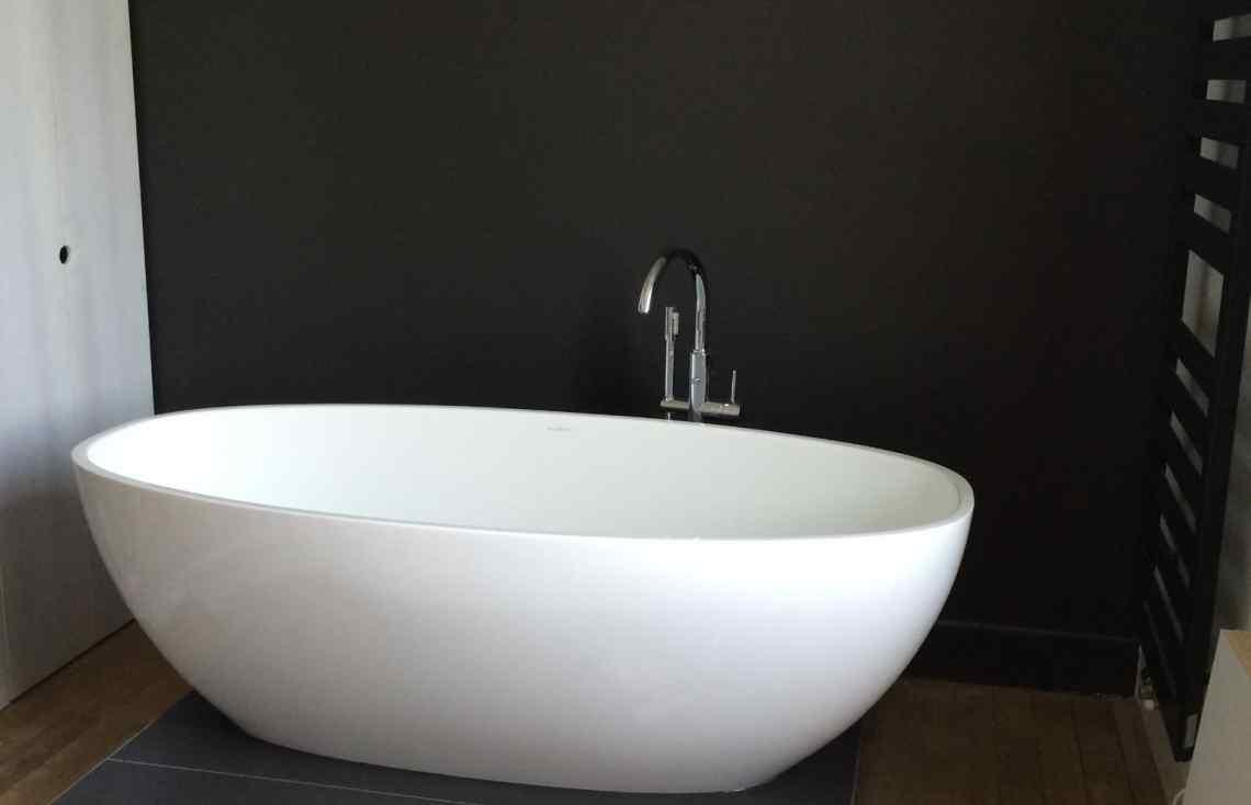 Salle de bain Carrelage Faïence Grand Format réalisé par Luco & Bataller à Saint-Malo