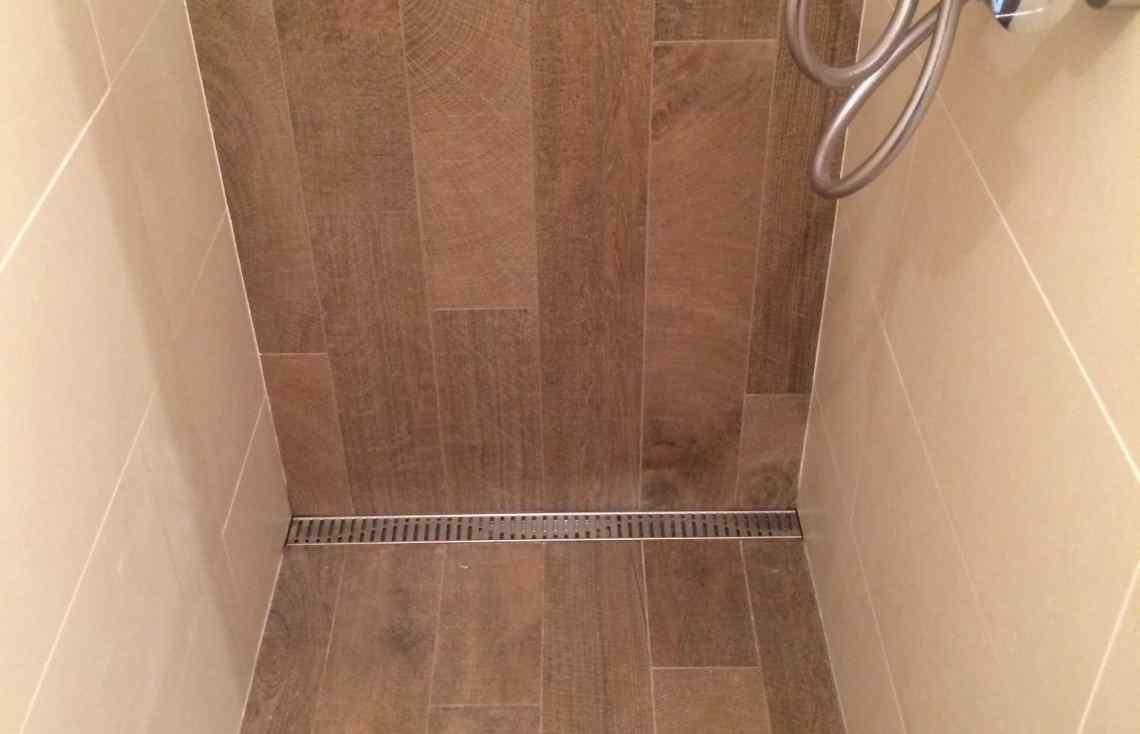 Faïence Carrelage Salle de bain réalisé par Luco & Bataller à Betton