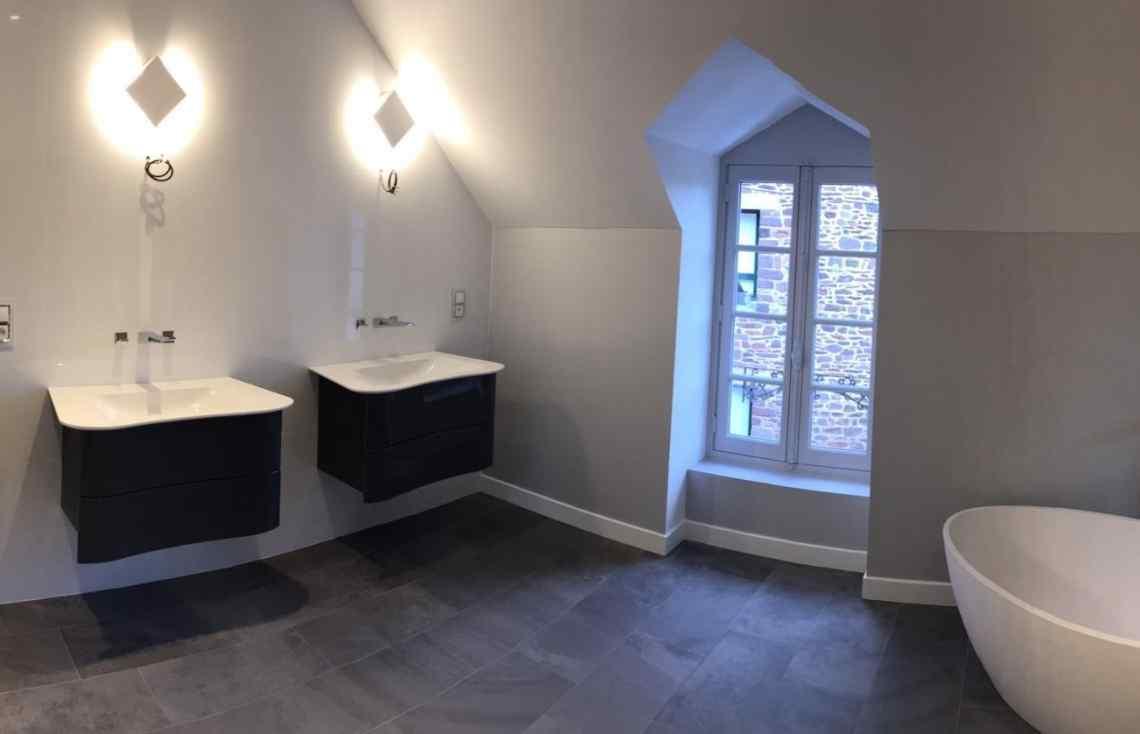 Carrelage Faïence Salle de bain réalisé par Luco & Bataller à Montfort-sur-Meu